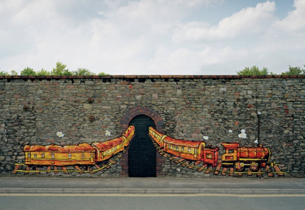 street-art-bristol-so-design-consultant-birmingham-ambient-marketing-orange-UK7