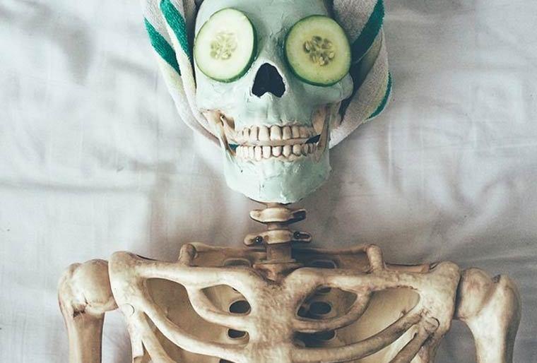 Skellie – The skeleton day On Instagram