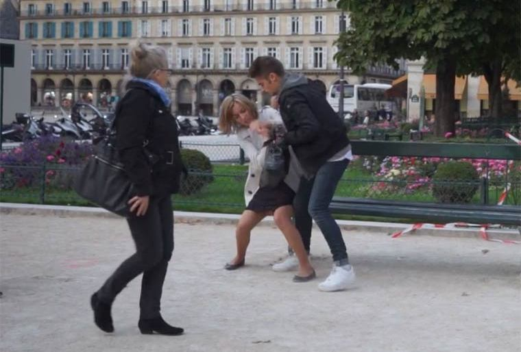 The Aggression – A Social Experiment to test the reaction of passers