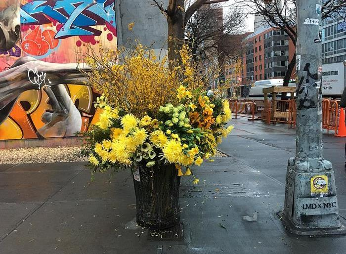 Turning NYC Trash Cans Into Giant Flowers Vases – Guerrilla Flowers by Lewis Miller