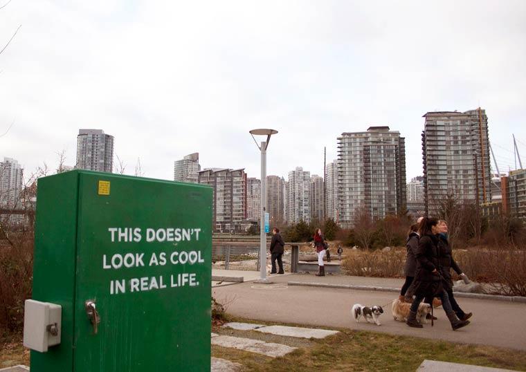 iHeart-street-art-social7