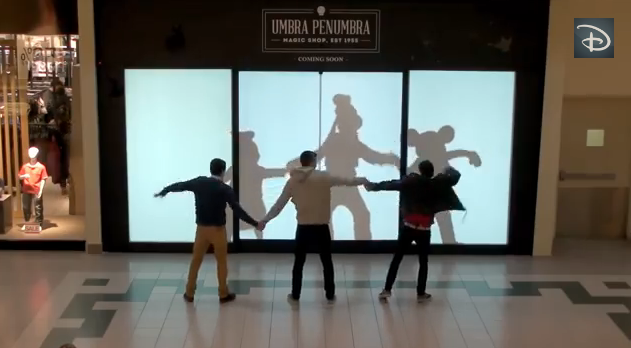 Disney Characters Surprise Shoppers – Interactive Magical Ambient