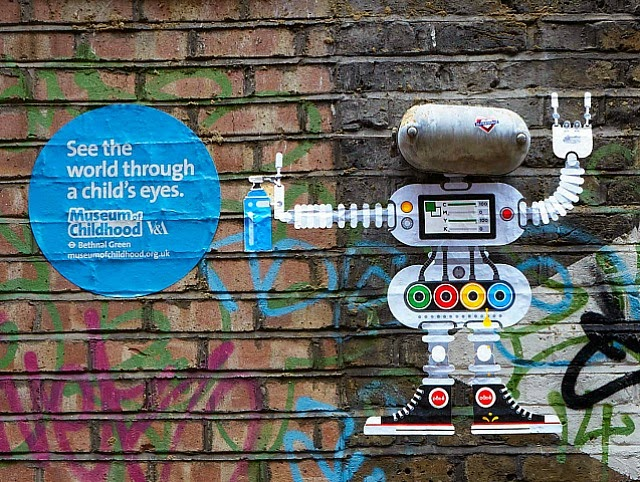 Cute Street Art Campaign for the Museum of Childhood – Guerrilla Marketing