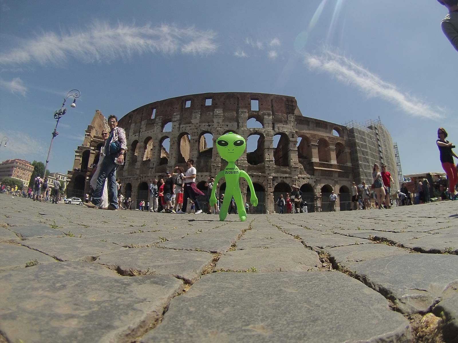 The Invasion is Coming – Guerrilla marketing in Roma