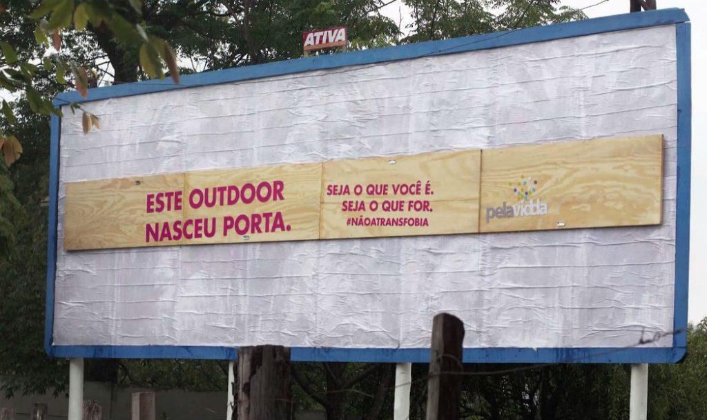 guerrilla-marketing-brazil-transfobia2