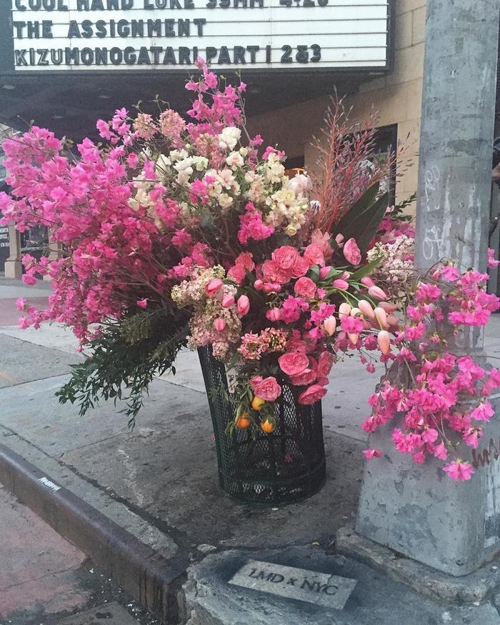 trash-cans-flowers-guerrilla-marketin