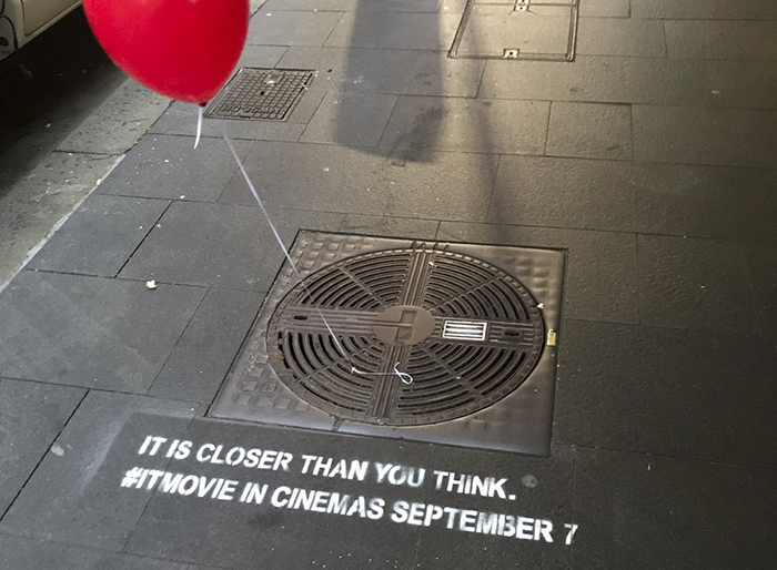 Creepy Red Balloons Appearing in Sydney – Guerrilla Marketing