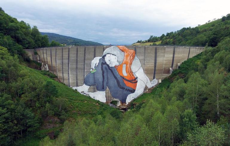 Le Naufrage de Bienvenu – A Giant refugee on the Piney's dam