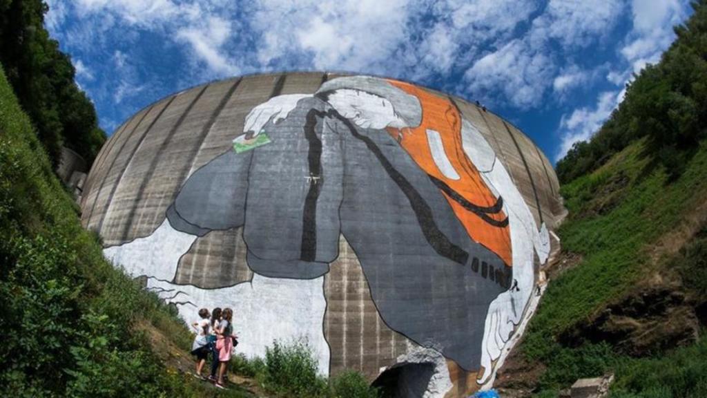 ella-et-pitr-streetart-refugees2