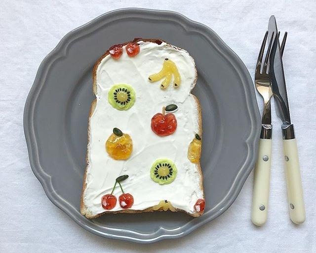 Brilliant and Creative Toast Art by Eiko Mori